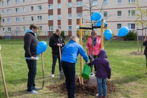 web Baumpflanzaktion 23.04.2016-25